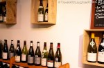 simple and great way to decorate a wine bar