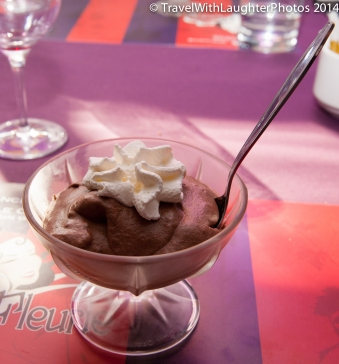 YUMMY!!!! Chocolate mousse. My mouth is watering thinking about it now.
